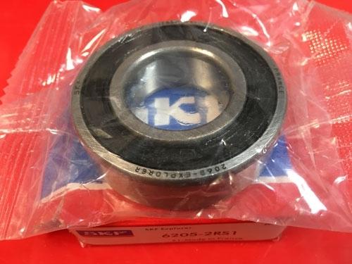 Подшипник 6205-2RS 1 SKF аналог 180205 размеры 25*52*15