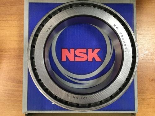 Подшипник 32028 (HR 32028 XJ NSK) аналог 2007128 размеры 140х210х45