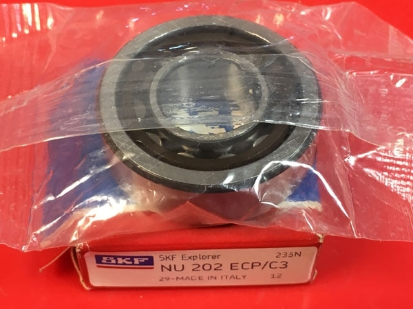 Подшипник NU202 ECP/C3 SKF аналог 32202 размеры 15*35*11